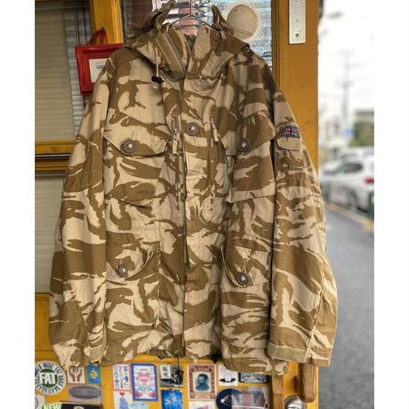 [USED] 90s UK Military CAMO PARKA