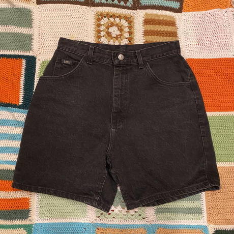 [USED]Lee BLACK DENIM SHORTS W28