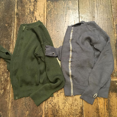 [USED] 指つき vintage ARMY ZIPカーディガン