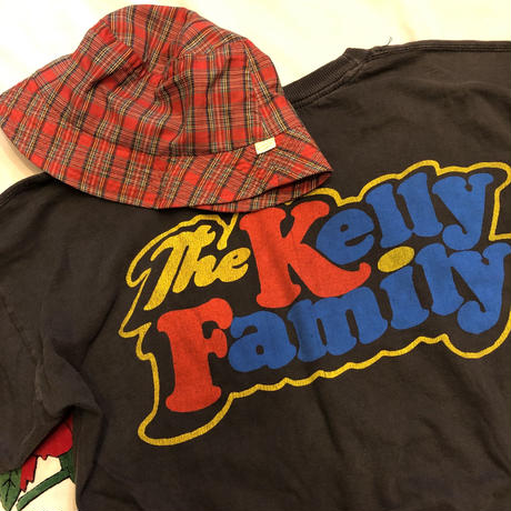 """[USED] GOOD PRINT  """"The Kelly Family""""  Tee🎻"""
