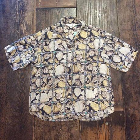 [USED] 貝殻柄のSILKシャツ