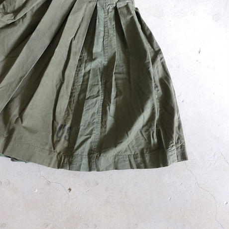 A07 BOX PLEATS SKIRT