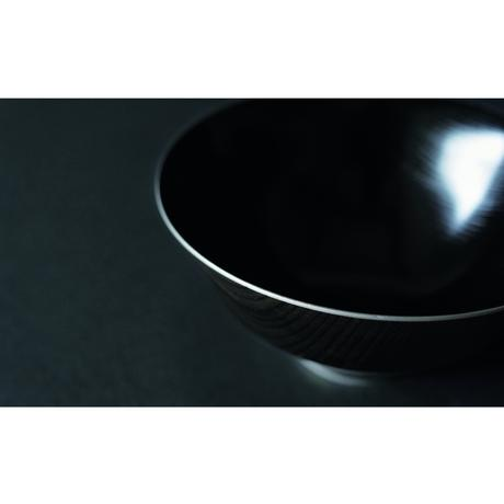 凛 10.0盛鉢 黒拭漆