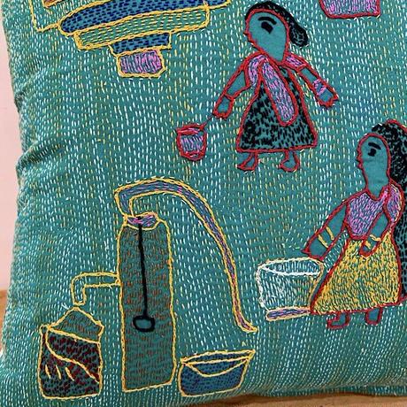 Sujini Cushion Cover 43*43 (Well and women)