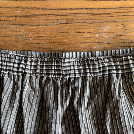 Hand Block Printed Side Border Pants  (Gray)