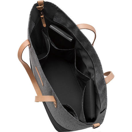 Petunia Pickle Bottom Downtown Tote (Graphite Black DTCB-544-00)