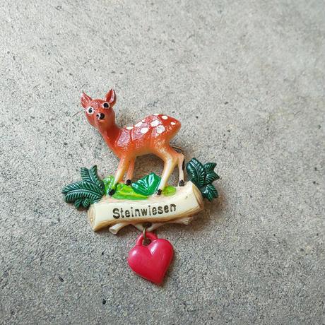 ドイツ ヴィンテージブローチ バンビ