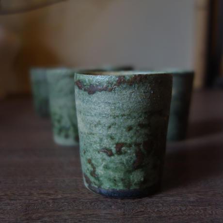 Q Tani 緑釉 筒盃