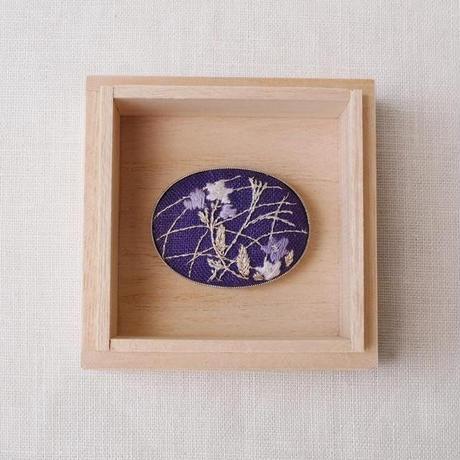 Mayumi Tomita 桔梗手刺繍帯留