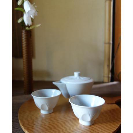 Masamitsu Kawai  白磁そぎ煎茶碗 or ぐい呑み