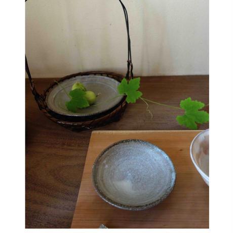 Norikazu Ogawa 灰釉小皿