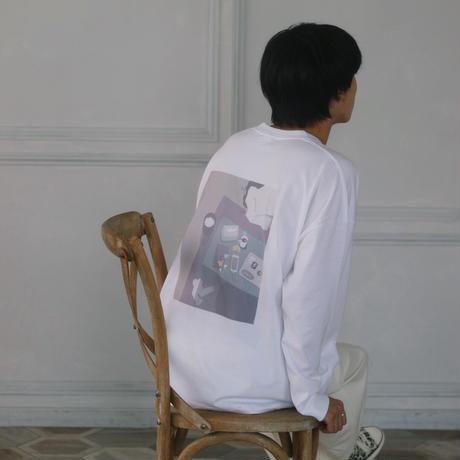 バックプリントロングTシャツ