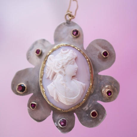 """""""JULIE WOLFE"""" Cameo Flower Necklace"""