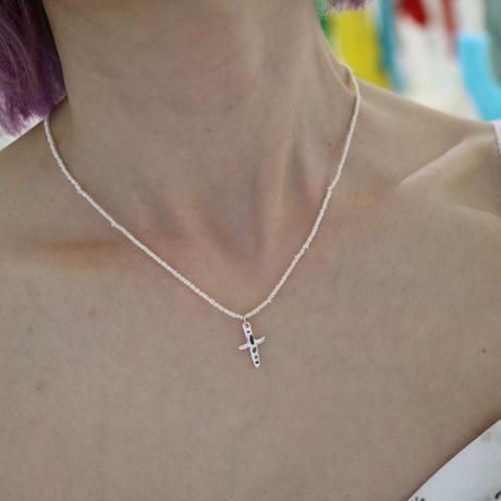Alterita Jewerly/Silver sea glass mini closs necklace