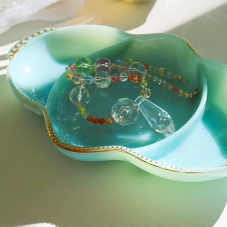 vintage accessory tray