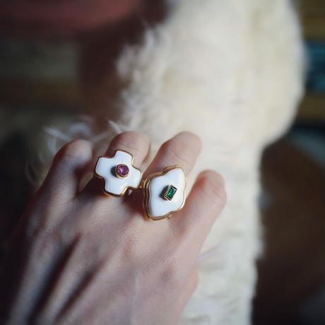 Cross Motif Ring White