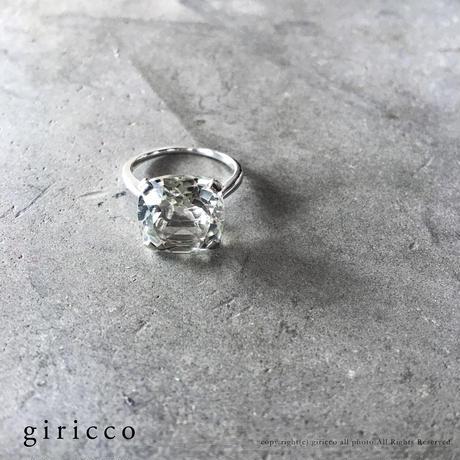 透明感のある1粒の大振りなグリーンアメジストSV925シルバースクエアリング(M044-silver)