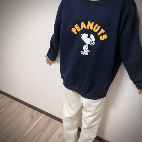 PEANUTS  NAVY  SWEAT