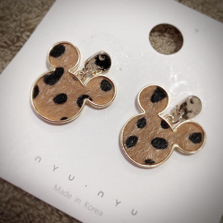 nyunyu  mickey pierce