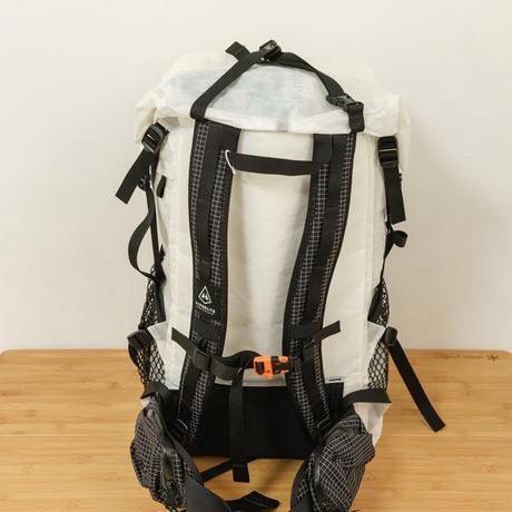 Hyperlite Mountain Gear ハイパーライトマウンテンギア / 2400 Windrider Pack White  40L
