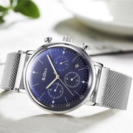 軽量クロノグラフ腕時計 レトロスポーツ  日本製クオーツ