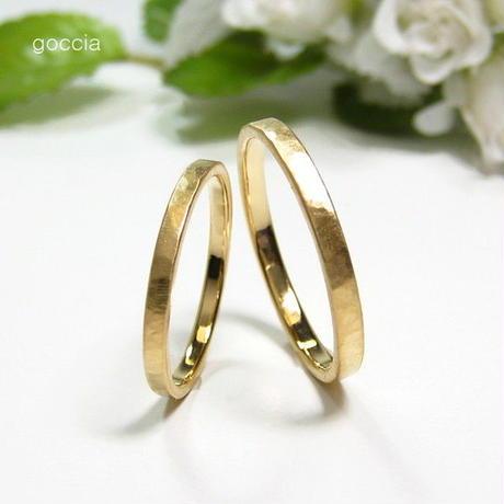 細身の結婚指輪(K18ゴールドのマリッジリング) ハンマー仕上げ、艶消し仕上げ(Walk)5-5