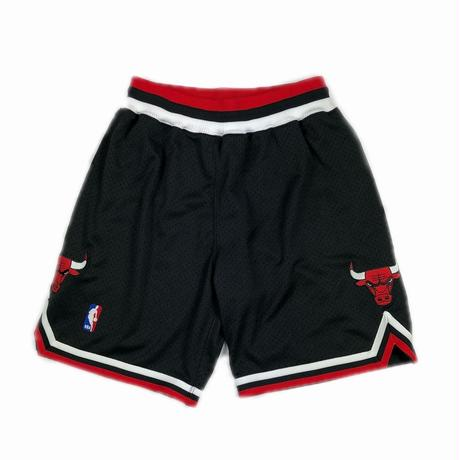 MITCHELL & NESS BASKETBALL AUTHENTIC SHORTS NBA CHICAGO BULLS BLACK M 【中古】