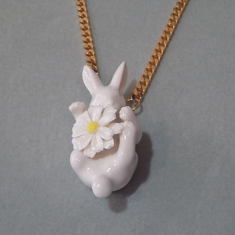 【ANDRESGALLARDO】 Daisy Rabbit Necklace