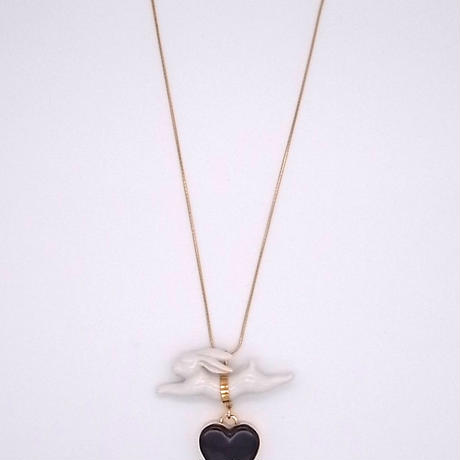 【ANDRESGALLARDO】 RABBIT JUMPING HEART NECKLACE ブラック