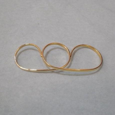 【Vibe Harsloef】 3 finger ring ゴールド