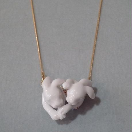 【ANDRESGALLARDO】 Rabbits Love Necklace