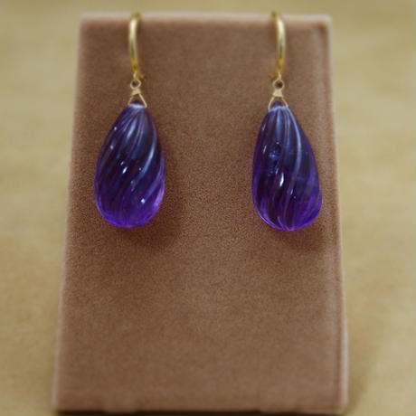 "Amethyst ""Shizuku""Earrings(Carving)"