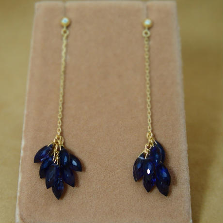 Iolite Line Earrings(m/q)