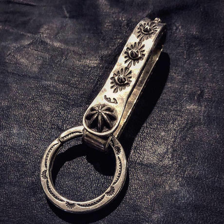 DEERHORNSMITHS / Silver key Hook