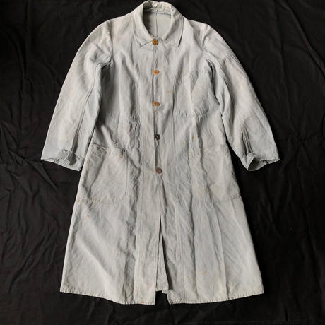 〜1930's Faded Blue/Grey Linen Work Coat with Unusual pocket