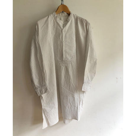 "20's  ""Collarless/Spear Points"" Farmers Smock"