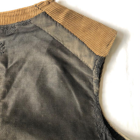 〜Later1930's 7 Buttons Light Corduroy Work Gilet with Indigo Linen Lining.