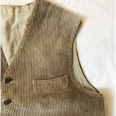 40's Animal Buttons Hunting Vest