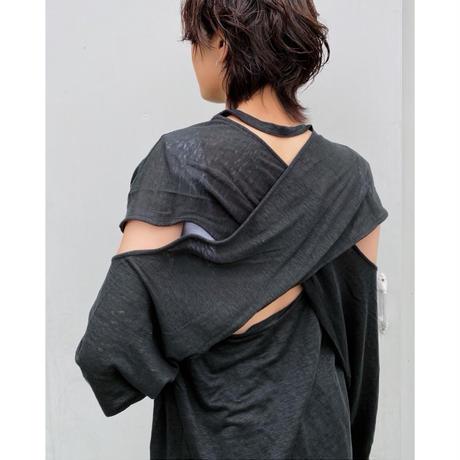 ERiKOKATORi「backless linen T-shirts」BLK.