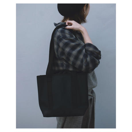 kiruna「cotton canvas / vibram TOTE」