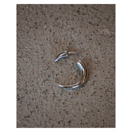 ACE by morizane「bali horn pierce」
