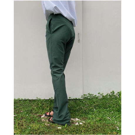 HOLIDAY「SUPER FINE DRY FLARE PANTS」green.