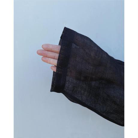 ERiKOKATORi「Linen Gauze See-Thrugh L/S-T」black.