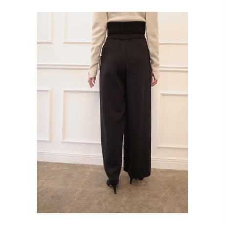 TAN. 「WAIST MARK SMOOTH PANTS」