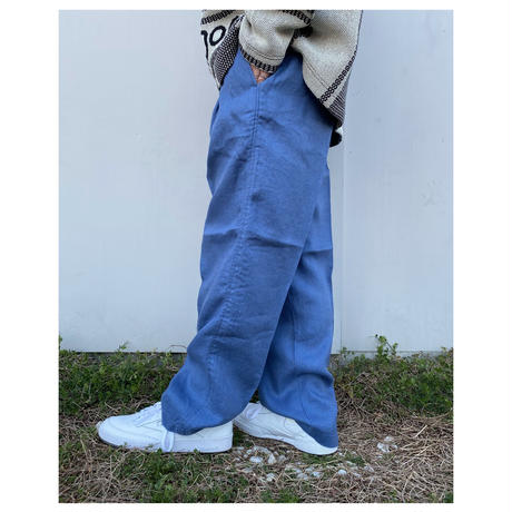 COMFORTABLE REASON「Linen Slacks」