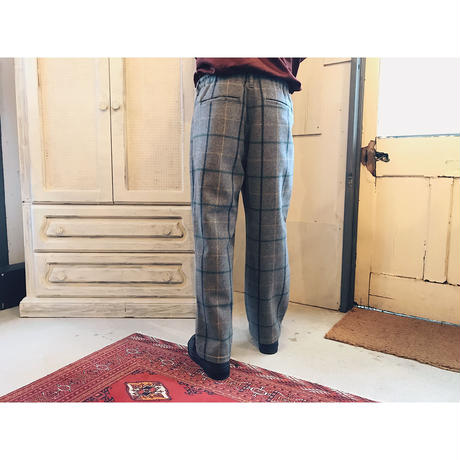 COMFORTABLE REASON 「Wool 2tack Laziest Slacks」