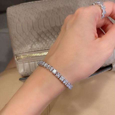 Tennis  Bracelet  / Princess-Cut