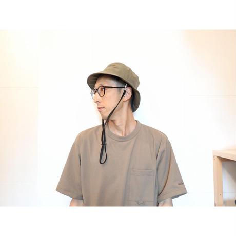 COMESANDGOES カムズアンドゴーズ /  タイプライターバケットハット(あご紐つき)【2色】