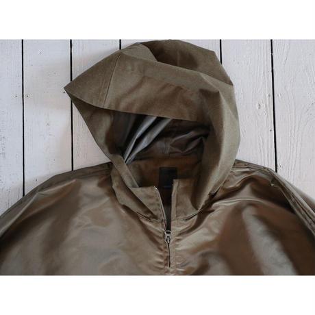 maillot マイヨ 【ユニセックス】 / TITAN NYRON LIGHT HOOD PARKA チタンナイロンフードパーカ【オリーブ】