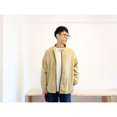 NECESSARY OR UNNECESSARY (NOUN) / SLOPING TOP 【ベージュ / M , L 】